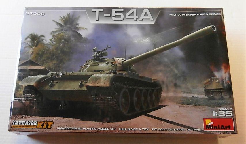 MINIART 1/35 37009 T-54A W/ INTERIOR