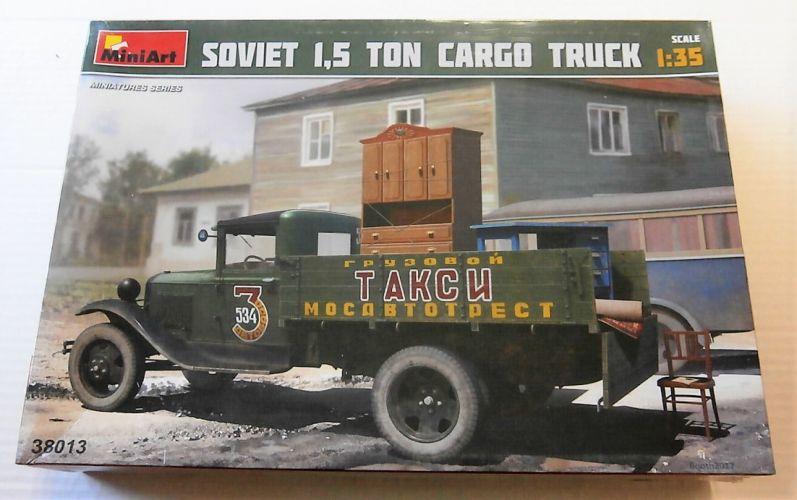 MINIART 1/35 38013 SOVIET 1.5 TON CARGO TRUCK