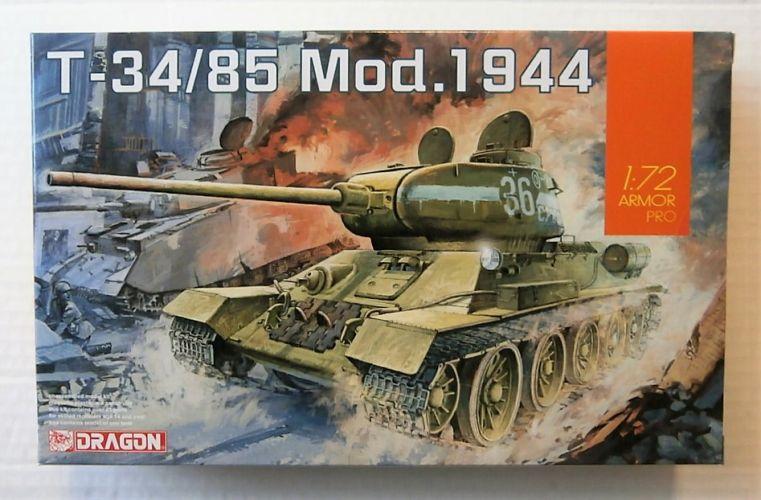 DRAGON 1/72 7556 T-34/85 Mod.1944