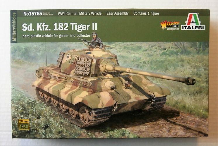 ITALERI 1/56 15765 Sd. Kfz. 182 TIGER II