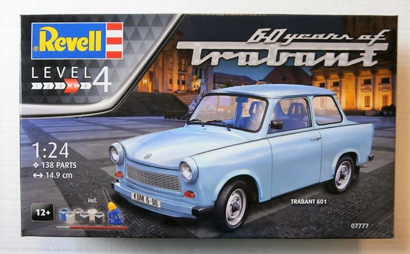 REVELL 1/24 07777 TRABANT 601  60 YEARS OF TRABANT