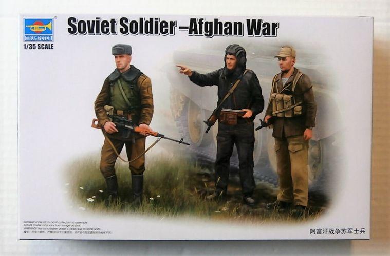 TRUMPETER 1/35 00433 SOVIET SOLDIER - AFGHAN WAR