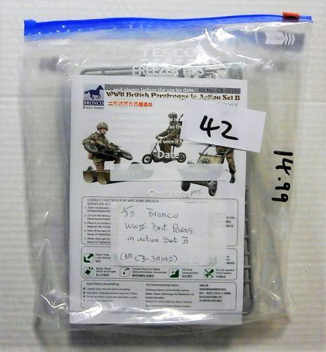 BRONCO 1/35 BK42 35192 WWII BRITISH PARATROOPS IN ACTION SET B  NO BOX