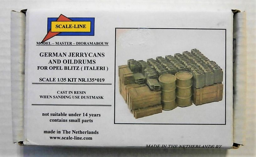 SCALE LINE 1/35 019 GERMAN JERRYCANS AND OILDRUMS FOR OPEL BLITZ OR MERCEDES