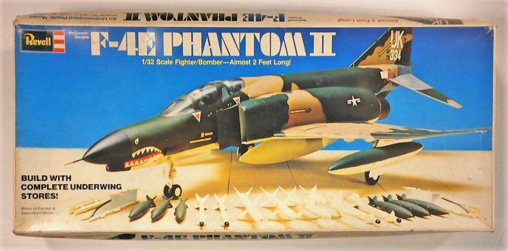 REVELL 1/32 H-182 F-4E PHANTOM II