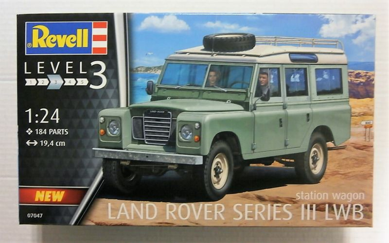 REVELL 1/24 07047 LAND ROVER SERIES III LWB