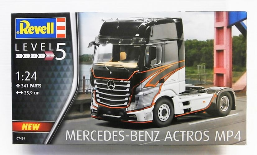 REVELL 1/24 07439 MERCEDES-BENZ ACTROS MP4