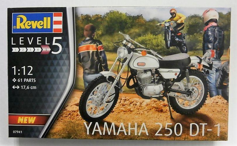 REVELL 1/12 07941 YAMAHA 250 DT-1