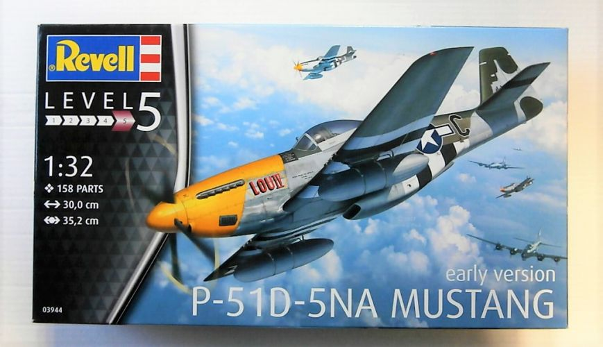 REVELL 1/32 03944 P-51D-5NA MUSTANG