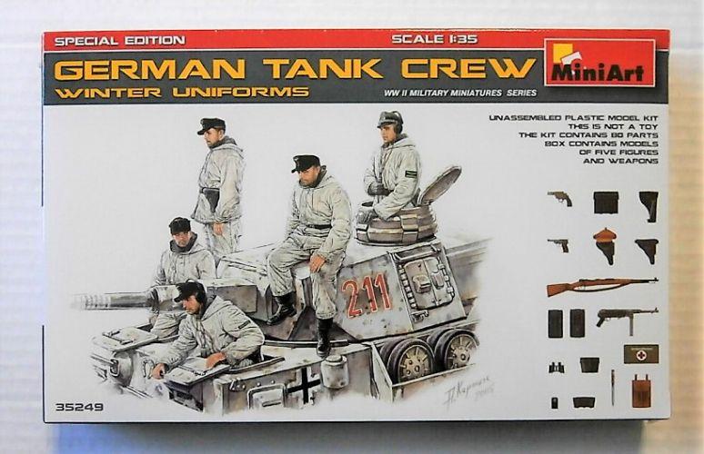 MINIART 1/35 35249 GERMAN TANK CREW WINTER UNIFORMS