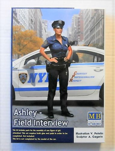 MASTERBOX 1/24 24027 ASHLEY  FIELD INTERVIEW