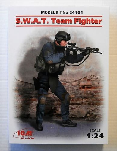 ICM 1/24 24101 SWAT TEAM FIGHTER