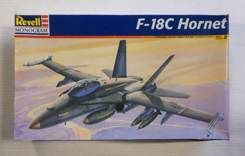 REVELL 1/48 4821 F-18C HORNET