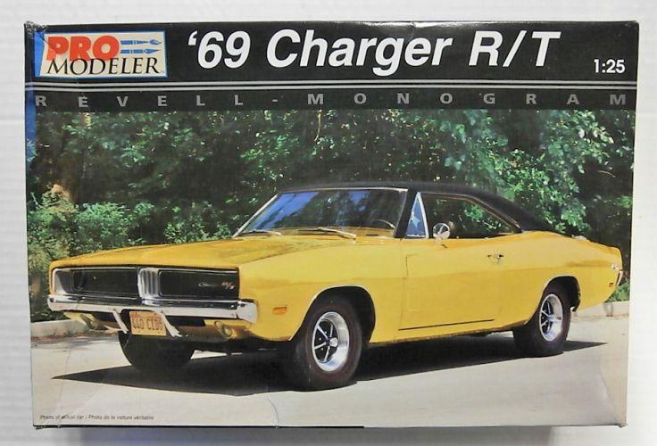 MONOGRAM/PRO MODELLER 1/25 5937 1969 CHARGER R/T