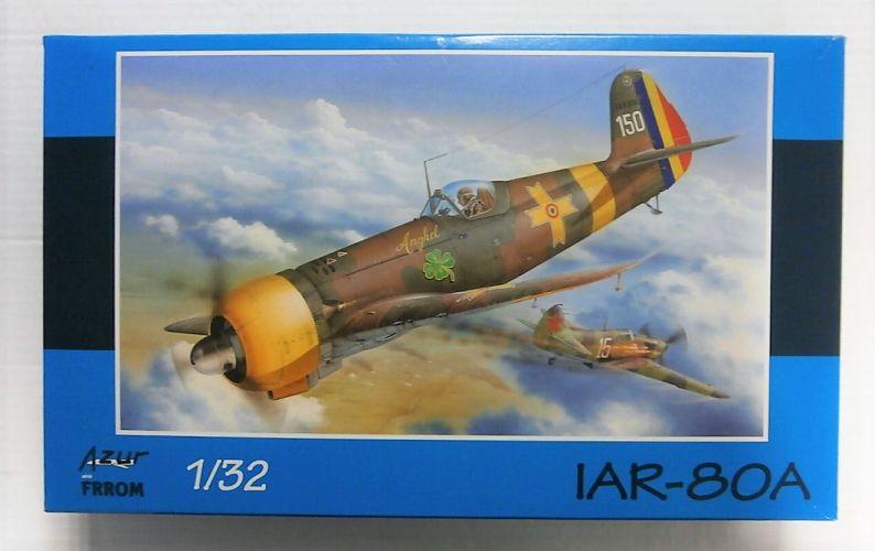 AZUR 1/32 FR8002 IAR-80A
