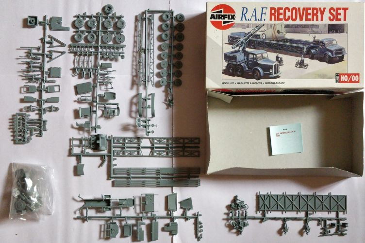 KINGKIT MODEL SCRAPYARD H0/00 AIRFIX - 03305 R.A.F. RECOVERY SET - INCOMPLETE