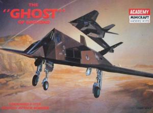 ACADEMY 1/72 2107 F-117A STEALTH