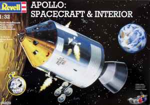 REVELL 1/32 04829 APOLLO SPACECRAFT WITH INTERIOR
