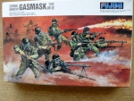Thumbnail 76028 GERMAN INFANTRY WITH GASMASKS