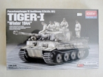 Thumbnail 13861 TIGER I WINTER 1944 WITH FIGS