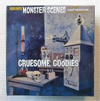 Thumbnail 634 MONSTER SCENES - GRUESOME GOODIES